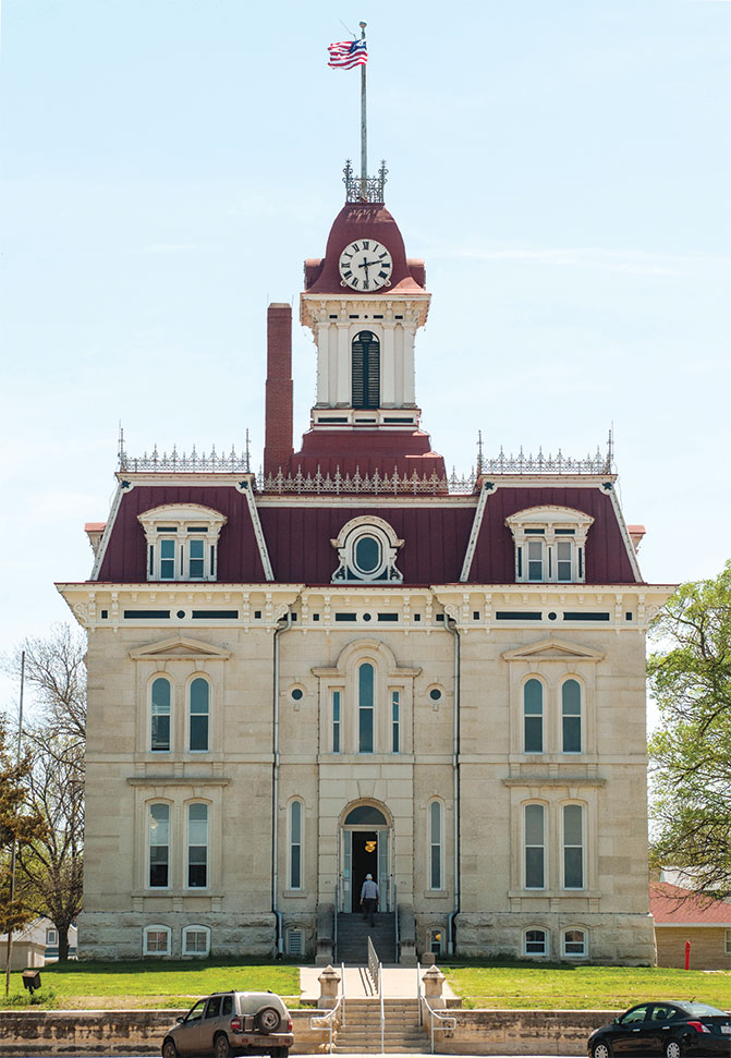 chase-county-courthouse